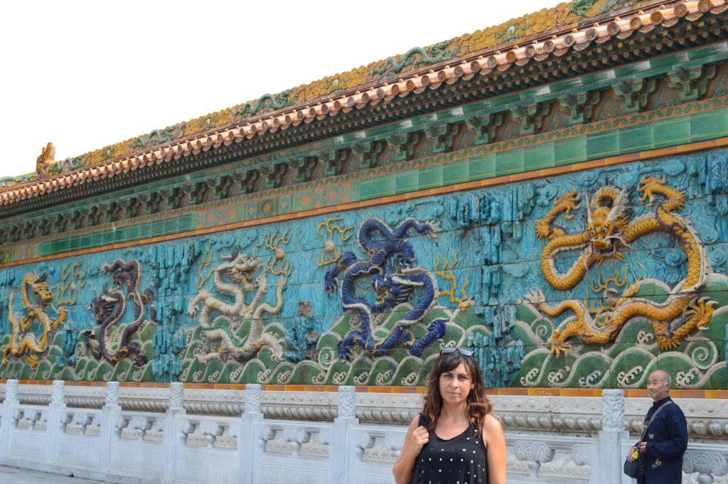 Mural de los nueve dragones en Pekín
